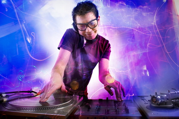 0263_nightclub-dj-stock-photo-02.jpg (125.87 Kb)