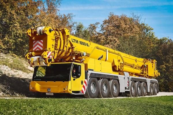 liebherr-mobile-crane-ltm1650-8.1-96dpi-img-600.jpg (118.56 Kb)